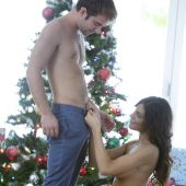babes_pics_august_ames_ring_my_bells_6