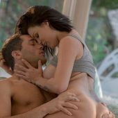 babes_pics_peta_jensen_morning_glory_4